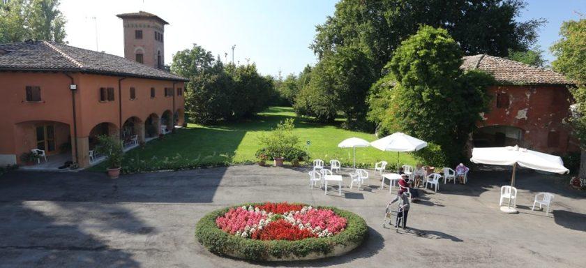 villa-berti-giardino-vista-villa