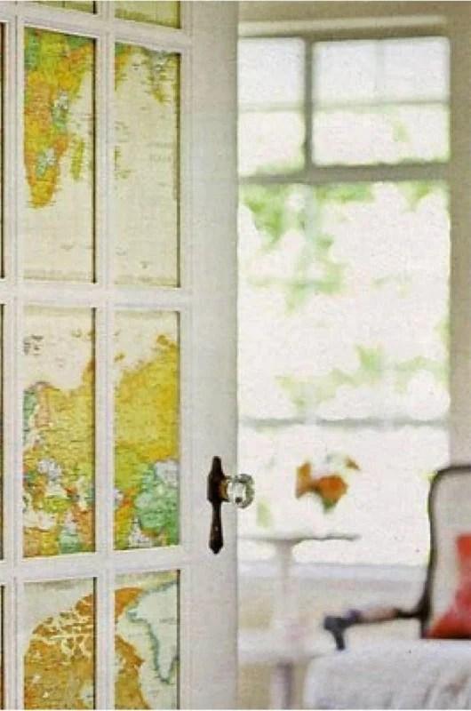 Si può usare la carta da parati anche per rivestire e decorare, una porta sia con lo scopo di evidenziarla che per nascondere un passaggio in stanze secondarie. Come Decorare Una Porta Con La Carta Da Parati
