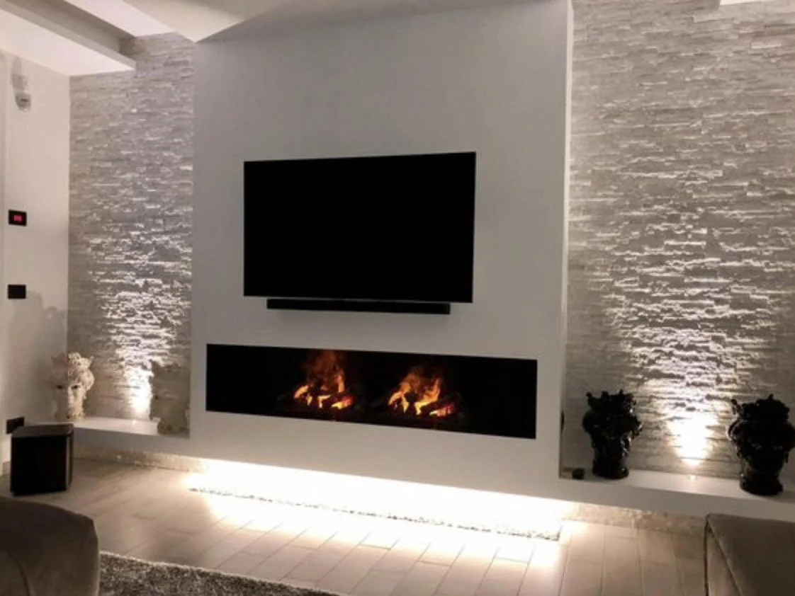 Le nostre pareti attrezzate sono composte da eleganti basi porta tv, funzionali mensole e capienti pensili. Arredare Salotto Con Camino Foto Idee E Consigli