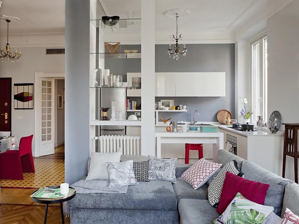 L'immobile è composto al piano primo da cucina abitabile con open space sulla sala da pranzo, soggiorno doppio con camino e accesso a. Open Space Come Dividere Cucina E Soggiorno Casafacile