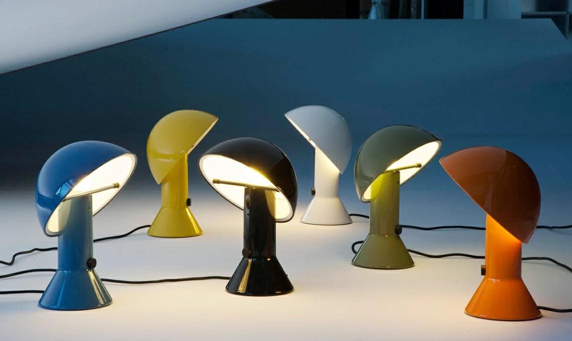 I modelli dal design moderno presentano strutture filiformi, cromate e linee minimal che si inseriscono alla perfezione in un contesto contemporaneo. Lampade Da Terra Design Famose
