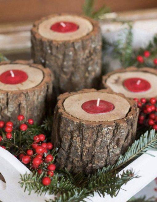 In particolare le candele, i ceri e i lumini riescono a diffondere una luce calda e mai faticosa per gli occhi in modo da donare relax e quiete agli abitanti della casa. Come Realizzarre Dei Lavoretti Di Natale In Legno Fai Da Te