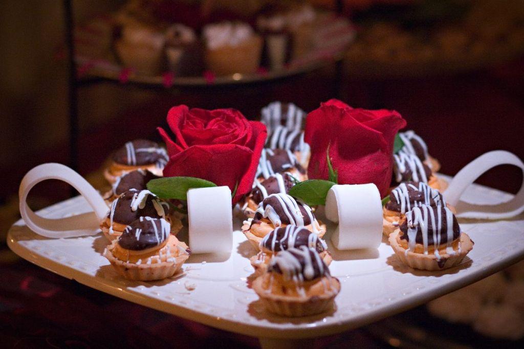 Desserts, Wedding Ceremonies and Receptions at Casa Larga Vineyards