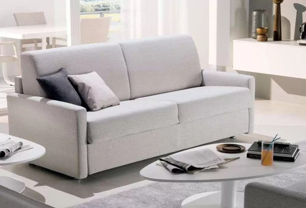 Scegli l'esperienza di oltre 60 anni nella progettazione dei divani, mobili bagno, cucine moderne,. Chateau D Ax Divani Letto Classici E Moderni Casa Live