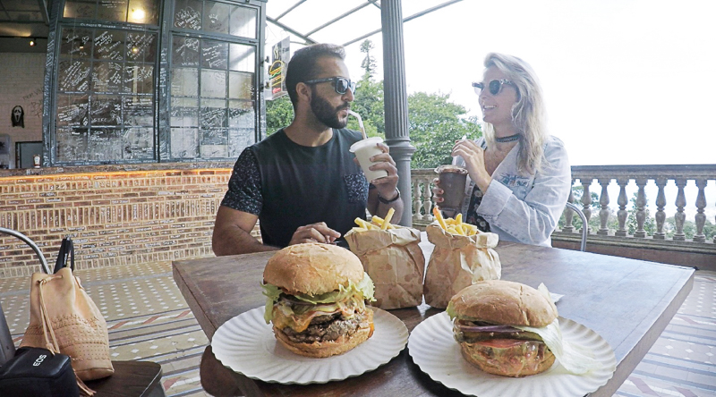 Burger Joint Cristo Redentor