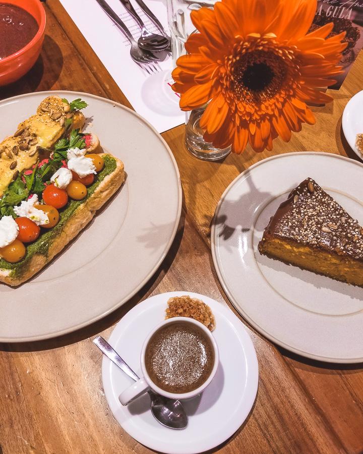 Restaurante Gula Gula Café