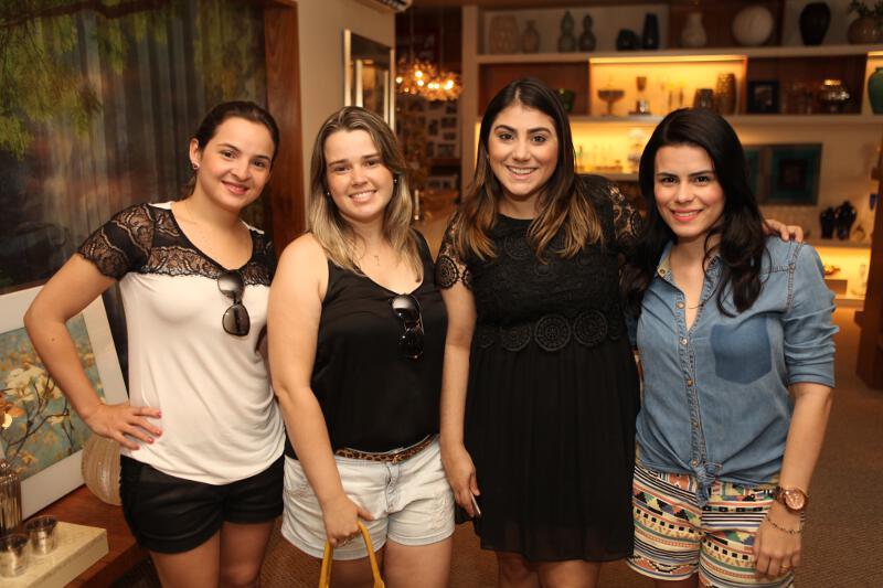 Renata, Angélica, euzinha e Cybele.