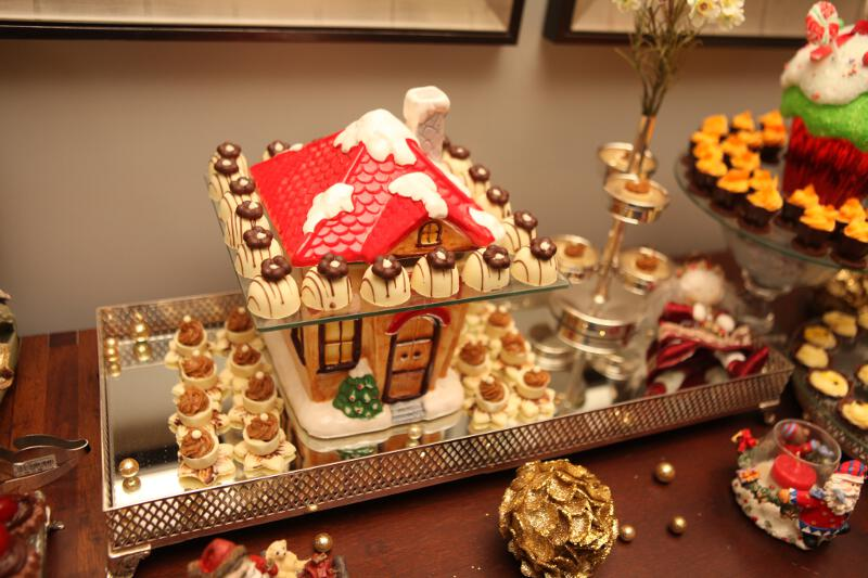 Mesa de Natal Carol Chocolates.