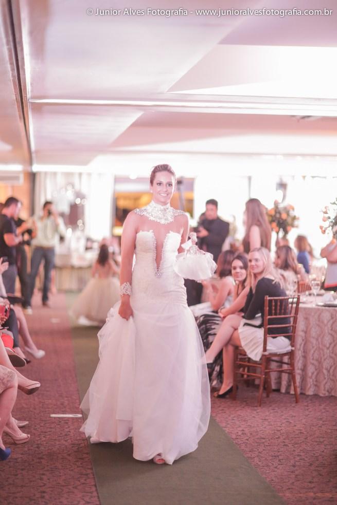 Noiva de Karla Lourenço e Miulher Cheirosa. Foto: Júnior Alves.