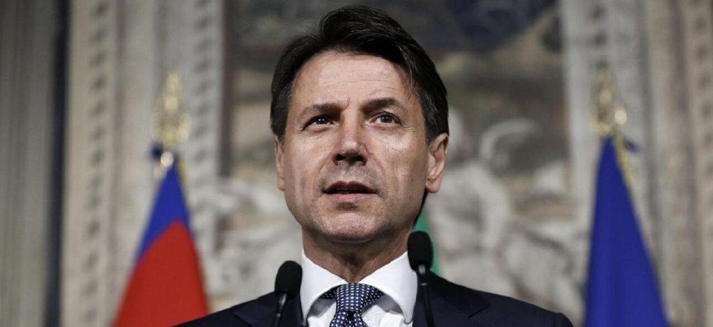 Giuseppe Conte conferenza stampa zona rossa decreto