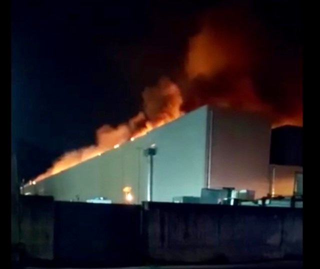 Incendio Airola nube tossica