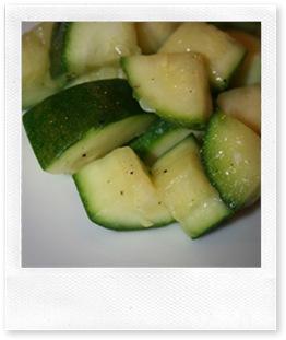 ricette veloci: zucchine aglio e olio
