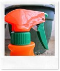 Detersivo spray faidate per igienizzare il bagno