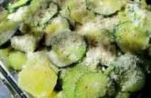 Ricette veloci: parmigiana di patate, zucchine e bufala