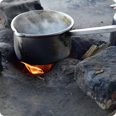 Come togliere il cibo bruciato dalle pentole