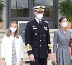 Sus Majestades los Reyes y sus hijas, Sus Altezas Reales la Princesa de Asturias y la Infanta Doña Sofía