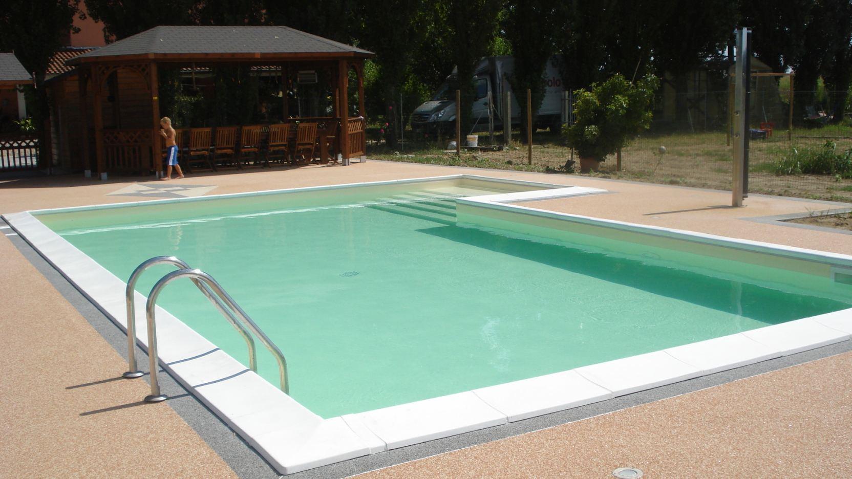 Fabbrico reggio emilia casareggio piscine piscine piscine mantova costruttori di piscine - Piscina mantova ...