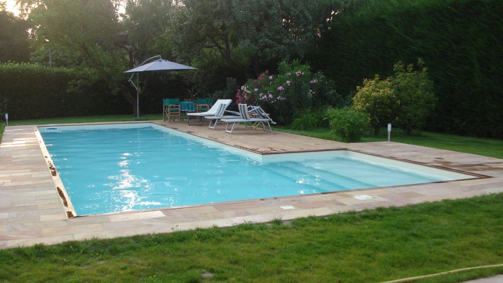 Revere 1 casareggio piscine piscine piscine mantova costruttori di piscine - Piscina mantova ...