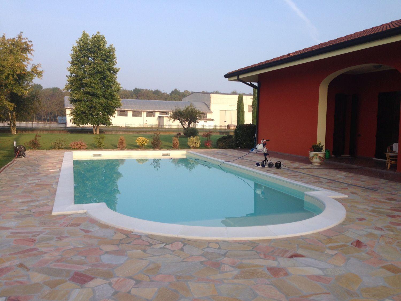 Dosolo mantova casareggio piscine piscine piscine mantova costruttori di piscine - Piscina porto mantovano ...