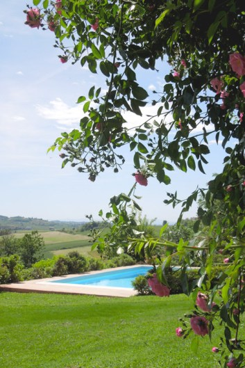 img_ilgiardino_piscina_01