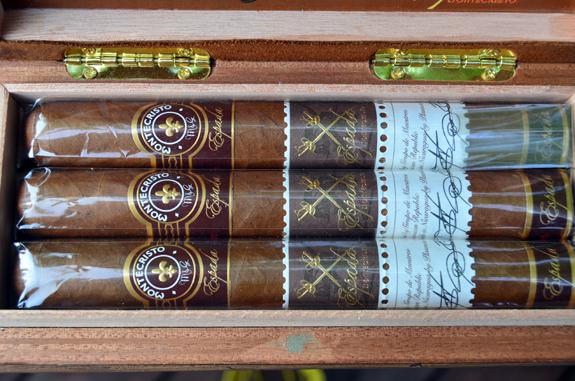 Montecristo Espada (Full Cigar Box)