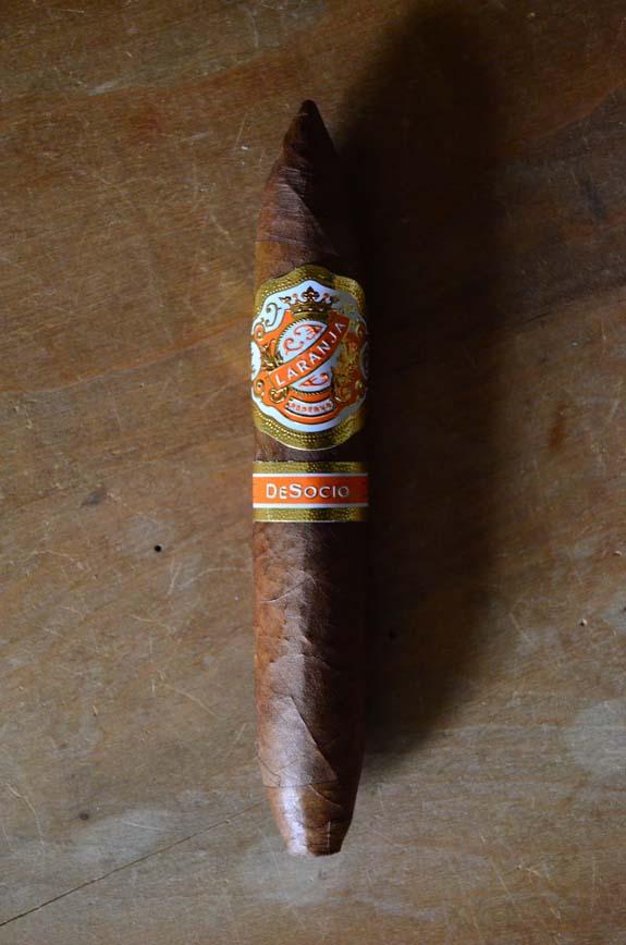 Laranja Reserva Volta Cigars - Natural | Famous Smoke