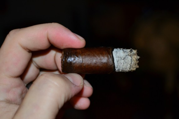 Dunbarton Tobacco and Trust Sobremesa Short Churchill