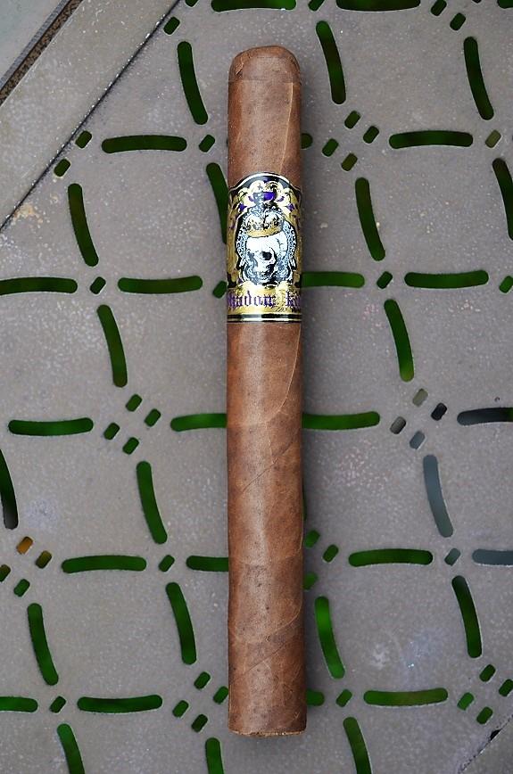 AJ Fernandez – Shadow King, a Famous Smoke Shop Exclusive