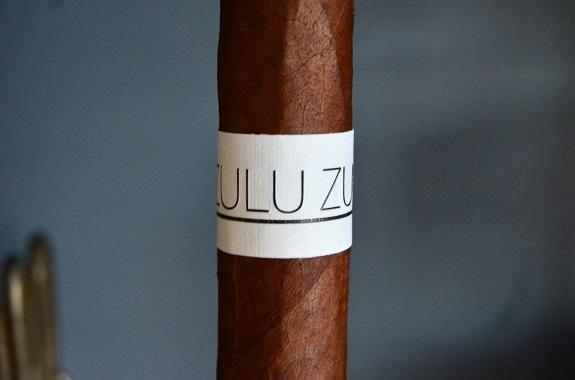 Zulu Zulu Mas Paz White