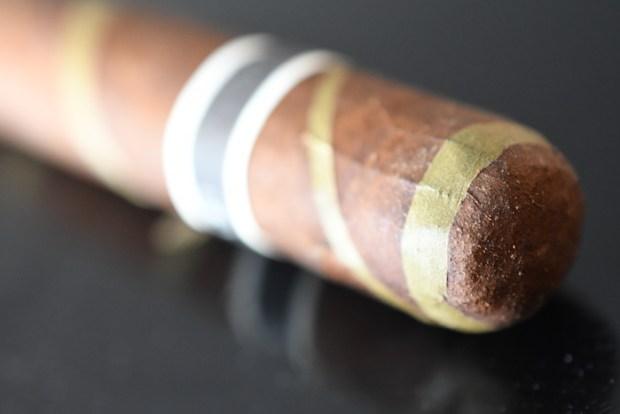 RoMa Craft Tobac Cromagnon Black Irish