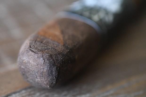 black-label-trading-co-araposa-negra-fox-cigar-exclusive-4