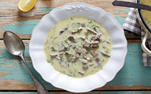 Παραδοσιακή συνταγή για μαγειρίτσα!