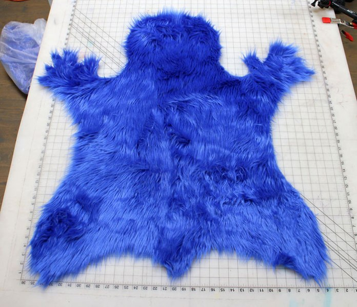 cookie-monster-rug-cut-out-section