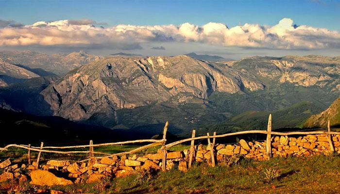 Paisaje de las montañas de Teverga, Asturias