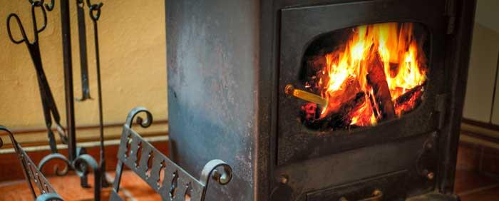 trucos para encender chimenea rápido