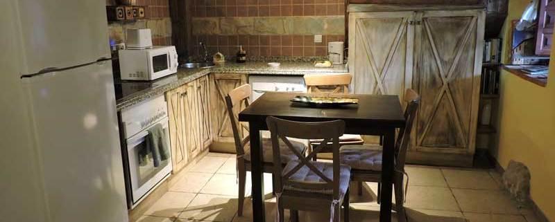 casa con zona exterior en Asturias barbacoa senda del oso
