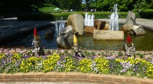 Fountain Gnomes