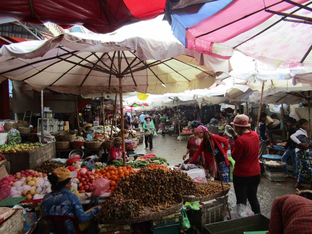Phsa Leu Market in Siem Reap, Cambodia