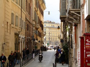 A busy side street leading to Piazza della Rotonda, home of Rome's famous Pantheon.