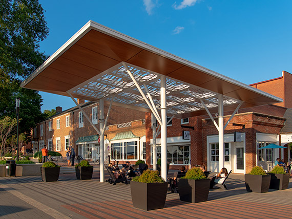 Shade canopy made of metal and aluminum composite material