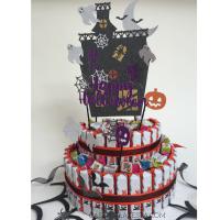 Cake topper di Halloween per una torta di barrette Kinder
