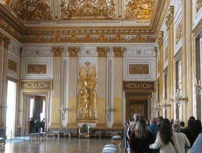 Dalle 11.00 alle 17.00 prezzi: La Reggia Di Caserta E Il Palazzo Reale Di Caserta Storia Descrizione E Immagini