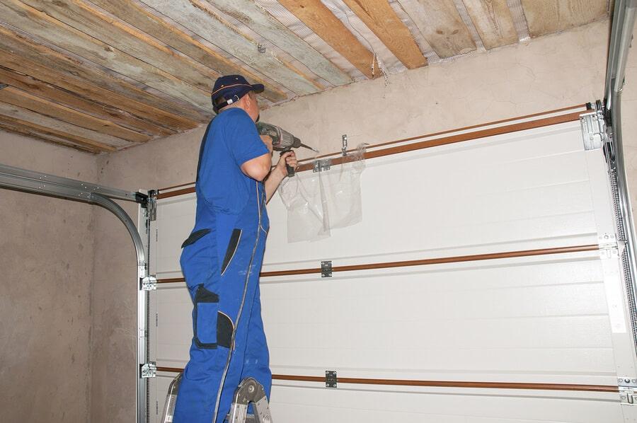 Melbourne garage door repairs