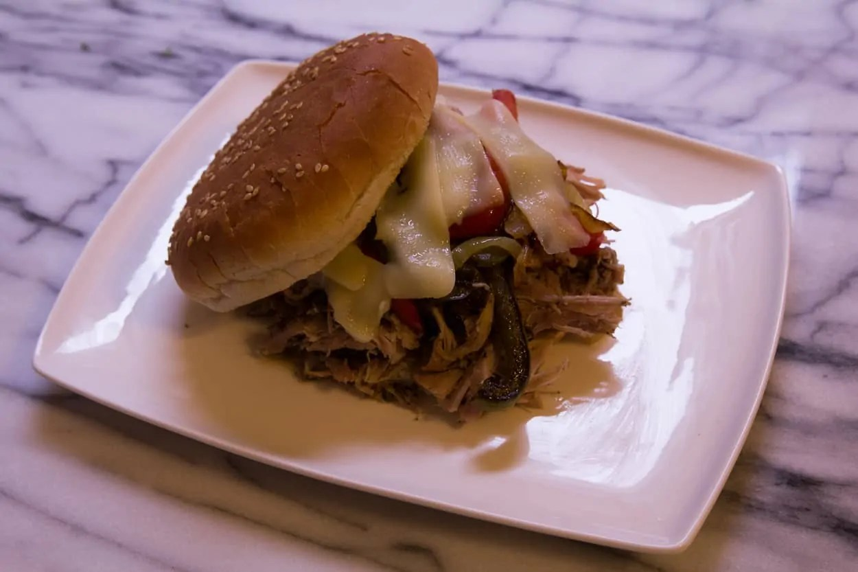 I AM NOT A FOODIE: The #DIYSandwich, Round 1 — Pulling the Pork — The Final Pulled Pork Sandwich