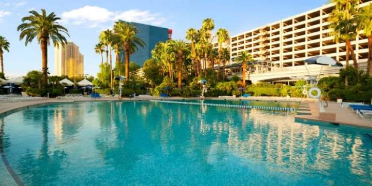 The pool at Bally's Hotel & Casino