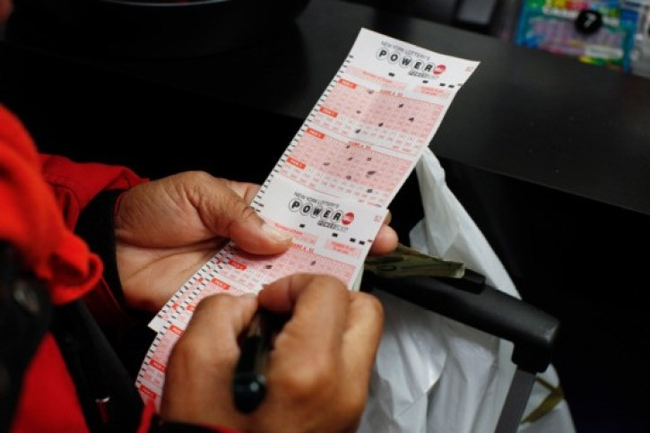 A punter selecting their numbers for the powerball