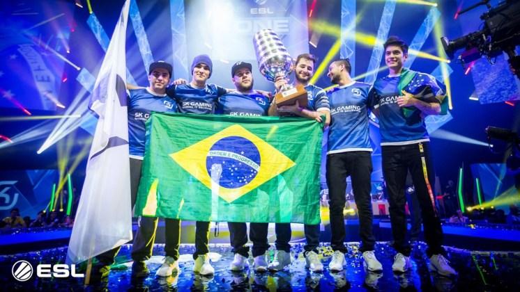 2016's winning Brazilian eSports team