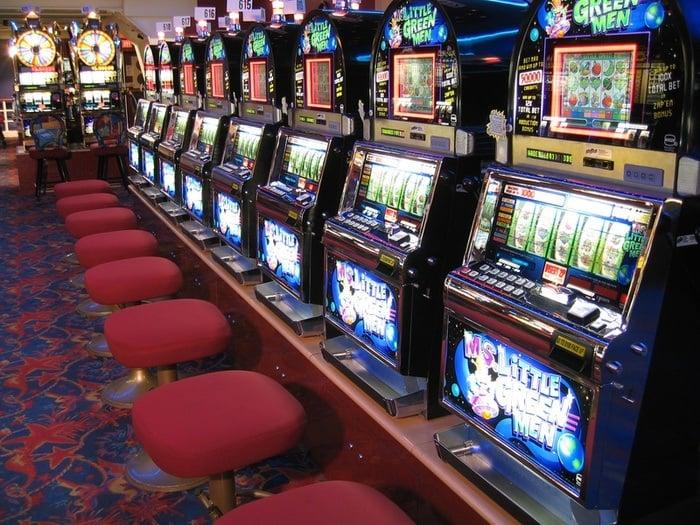 Boite casino les sables dolonne
