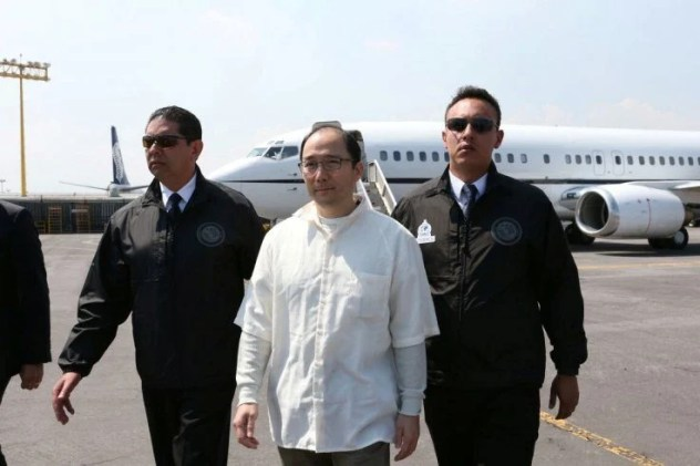Zhenli Ye Gon, Mexican drug lord and whale gambler is extradited