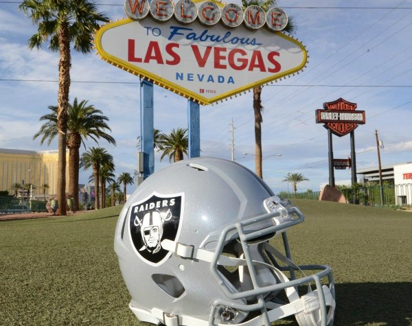 NFL Owners Approve Raiders Move to Las Vegas, Commissioner ...